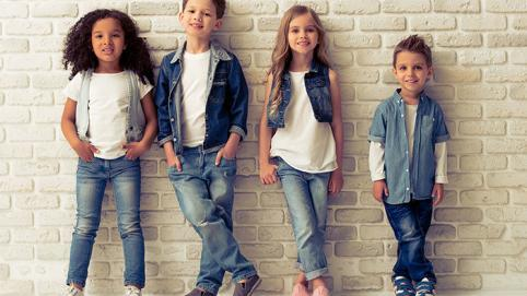 Kleine Helden ganz groß – Kindermode in der Produktfotografie