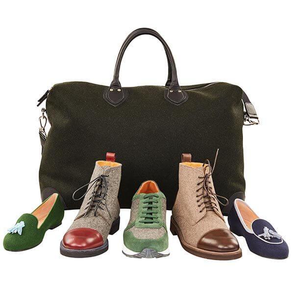 Handtasche Hintergrund Schuhe Vordergrund